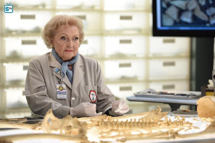 Bones - Season 12 - Betty White Returning