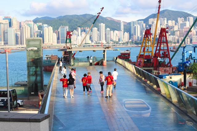 Viewing deck of sea near Tsim Sha Tsui ,Garden of Stars