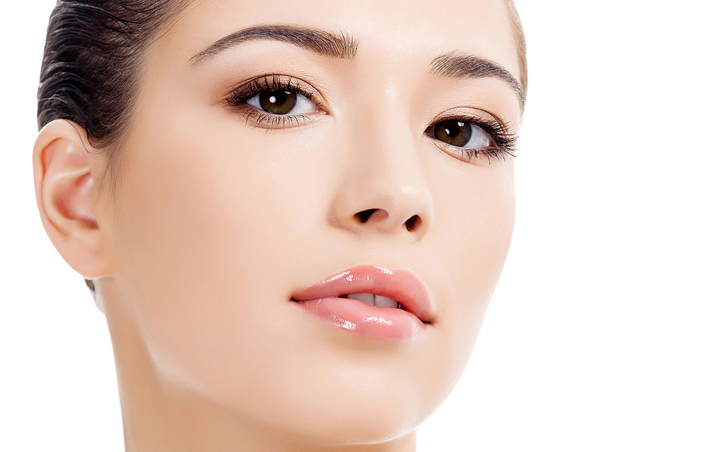 What is the Best Face Cream Available in India that Makes Skin Glow?