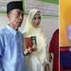 Seorang Kakek Ikhlas Nikahi Gadis 17 Tahun, Saat Malam Pertama Ia Bilang Gini