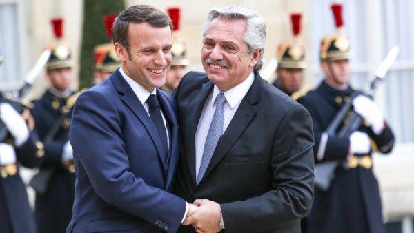 Macron extiende respaldo a Argentina para renegociar su deuda