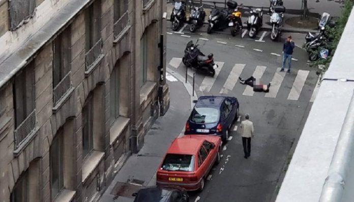 Τρομοκράτες στο Παρίσι: – Επίθεση με μαχαίρι – Ένας νεκρός και τέσσερις βαριά τραυματίες