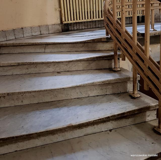 Warszawa Warsaw Wola kamienica kamienice architektura architecture przedwojenna schody