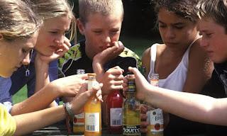 Подростковый алкоголизм в России. Насколько сложной является проблема и можно ли её решить?