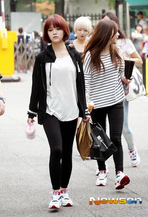 Jinhwan dating service