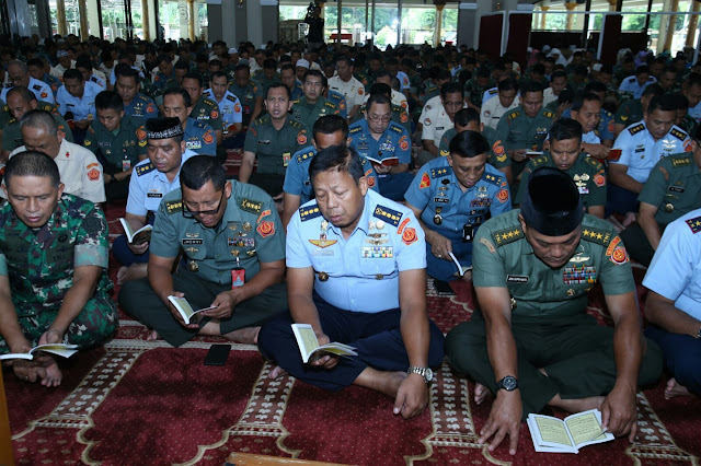 Sambut Tahun Baru 2020, Mabes TNI Gelar Doa Bersama