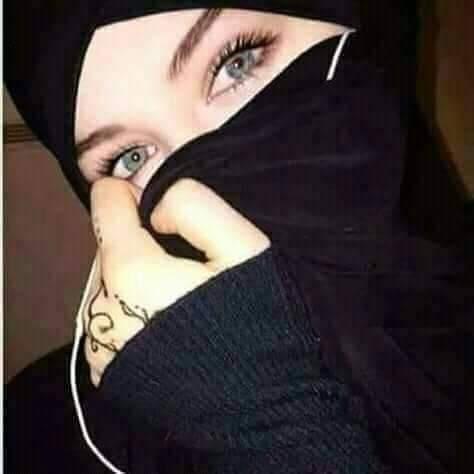 مقيمة في السعودية أبحث عن شريك الحياة يحبوني و رومانسي