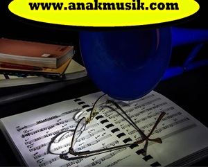 Musik & Lagu Yang Enak Didengar Saat Belajar (Konsentrasi & Fokus)