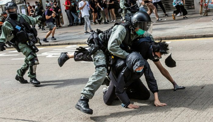 Hong Kong police use poisonous gas, water gun as thousands dissent China security law