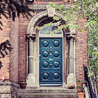 Virtual tour of Dublin: Door of Dublin