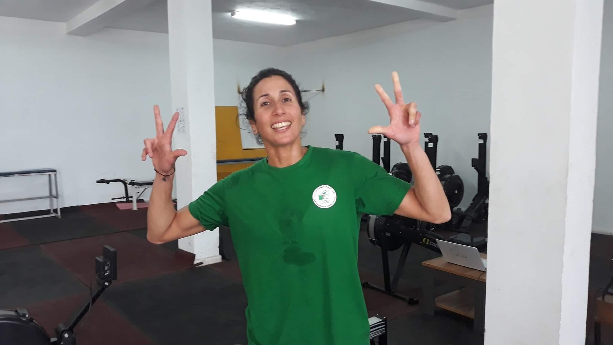 بطولة العالم لتجديف داخل القاعة: أمينة روبة تفوز بالميدالية البرونزية