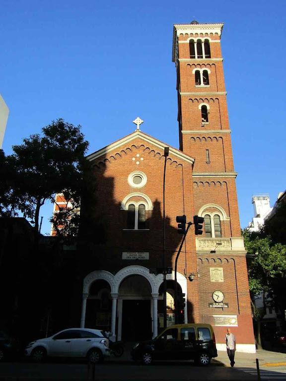 Paróquia Santa Maria onde se deram os milagres eucarísticos de Buenos Aires