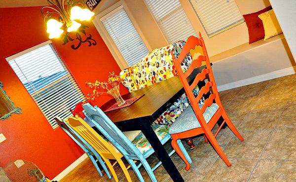 Ruang Makan Eklektik Unik dan Menarik