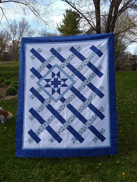 Patchwork blue and white lattice with blue double star accent