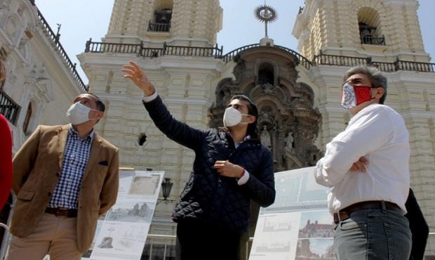 Ministro de Cultura visitó descubrimientos arqueológicos de Plazuela de San Francisco