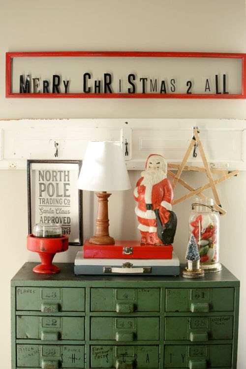 how to build a Christmas vignette from instagram photo inspiration