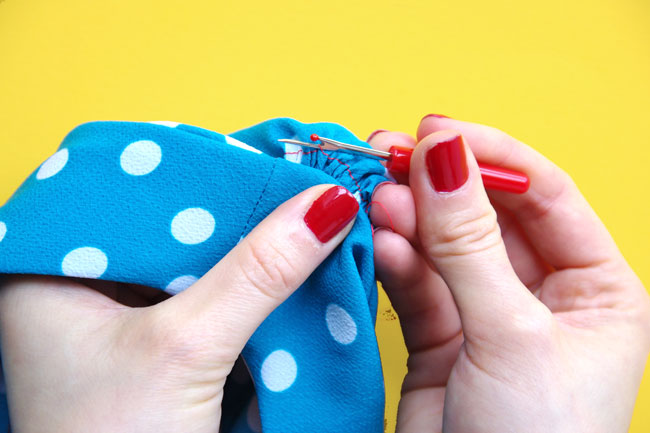 How to insert a sleeve - Tilly and the Buttons