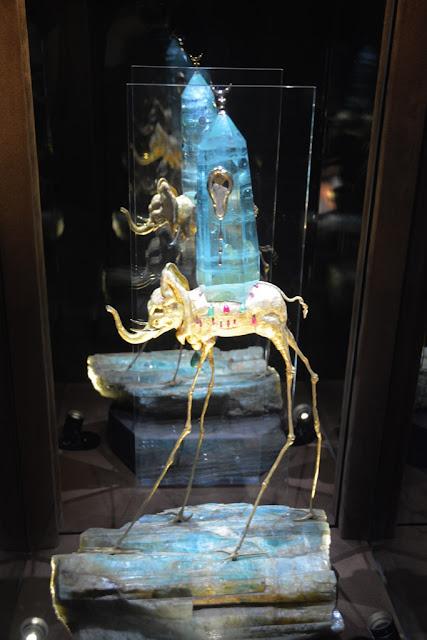 Dali Jewelry elephant