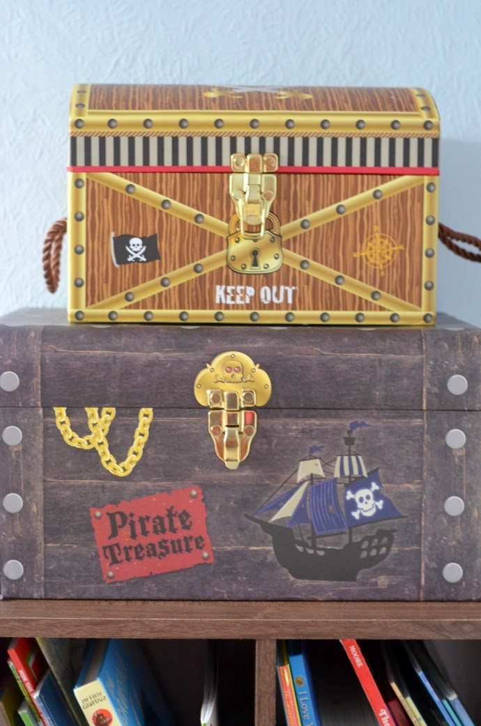 pirate themed storage, themed toddler room, pirate chest