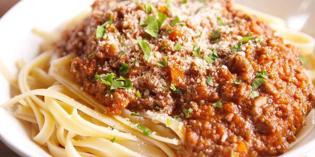 Cara Membuat Spaghetti Bolognese Sederhana dan Nikmat
