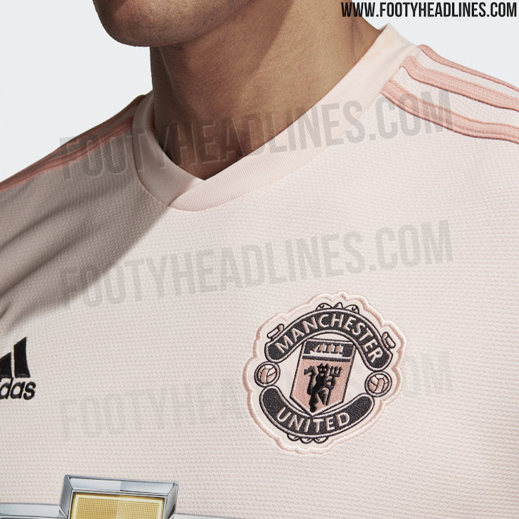 brand new b8751 9a405 Manchester United 18-19 Away Kit Released - Leaked Soccer Cleats