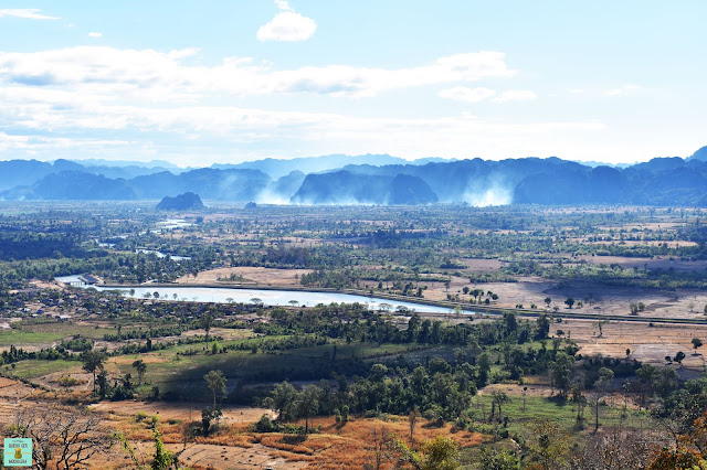 Mirador al valle de Kong Lor, Laos
