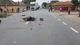 A provocat un accident în timp ce conducea un moped fără permis de conducere