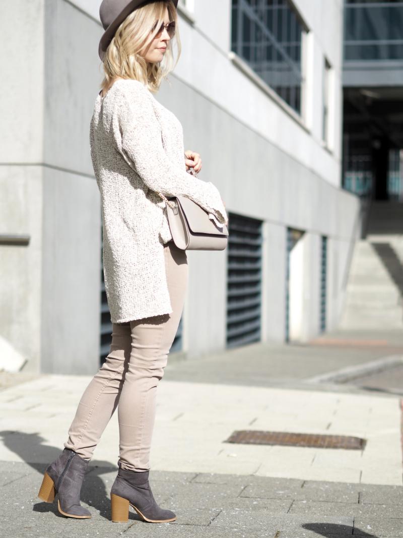styleblog style blogger street style fashion pink neutrals