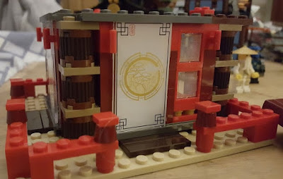 LEGO Ninjago Temple Of Airjitzu set 70751 patterned screen sliding door
