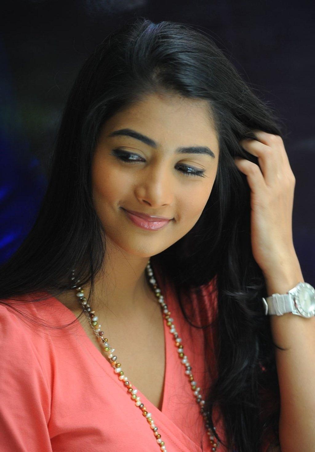 best popular celebrities: most popular celebrities pooja hegde hd