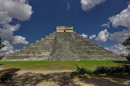Un incroyable trésor archéologique découvert dans une grotte sous Chichen Itza au Mexique