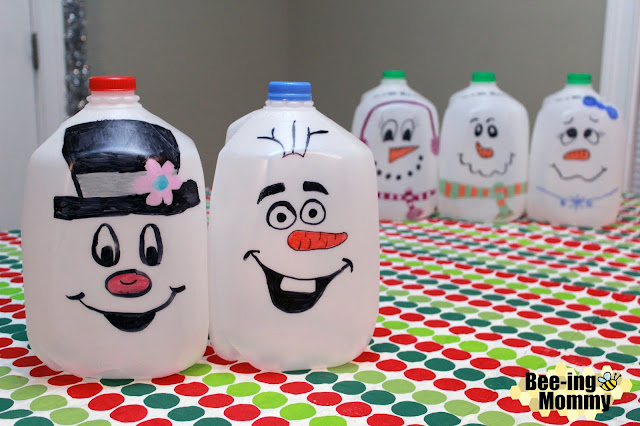 milk jug snowmen, DIY milk jug snowmen, recycled milk jug, repurposed milk jug, recycled craft, repurposed craft, DIY milk jug craft, holiday decor, holiday decoration, easy holiday decoration, easy holiday decor, easy Christmas decoration, easy Christmas decor, easy snowman, easy snowmen, snowmen, snowmen decor, snowman decor, milk jug crafts, sharpie, sharpie crafts, outdoor holiday decor, outdoor Christmas decor, Frosty, Olaf, Frosty decor, Olaf decor, party planning, do it yourself, Christmas craft, children activity, sharpie snowmen, sharpie snowman, free decorations, free Christmas decorations, cute Christmas decoration, free, free decor, free snowman, plastic crafts, plastic snowmen, simple craft, simple Christmas decoration, free Christmas decoration