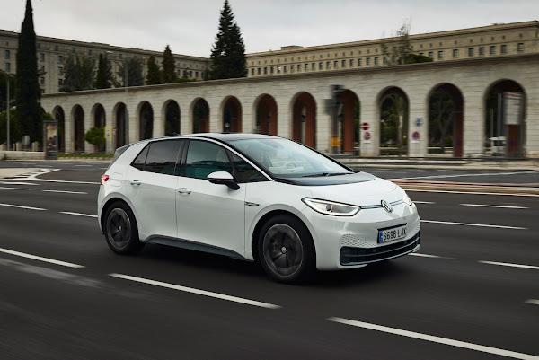 Volkswagen ID3 - finalista carro do ano 2021 - Europa