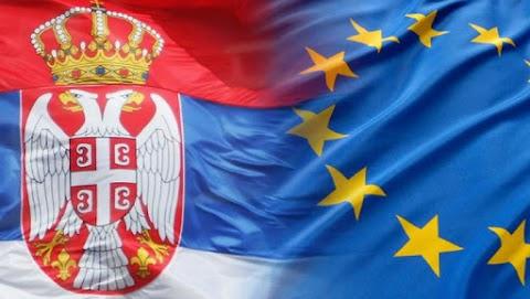 Nőtt az euroszkepticizmus a szerb fiatalok körében