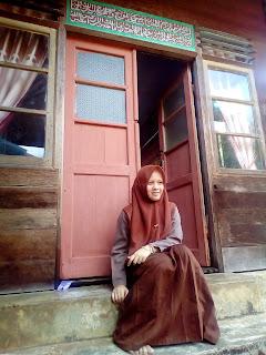 Rauzatul Jannah, Gadis Bermata Biru asal Lamno Aceh Jaya