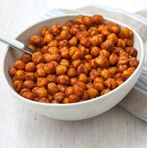Chickpeas Health Benefits: सेहतमंद रहना चाहते हैं तो सुबह-सुबह भुने हुए चने खाएं, जानिए फायदे