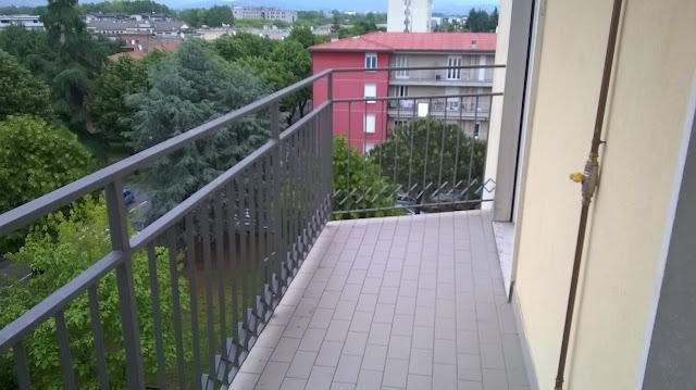 azzano san paolo centro affitto trilocali con terrazzo