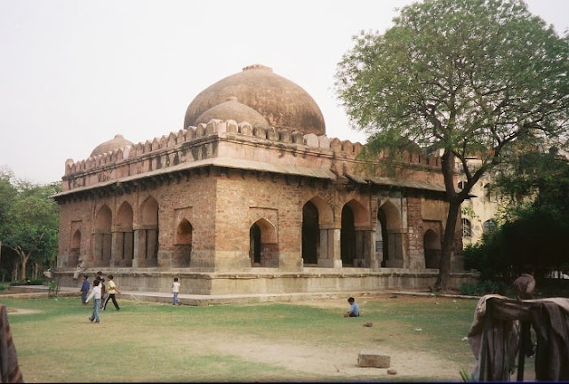 Barakhamba, Best Places to Visit in Delhi