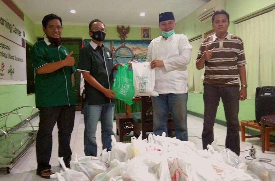 Ratusan Paket Sembako Siap Dibagikan PCNU Surakarta