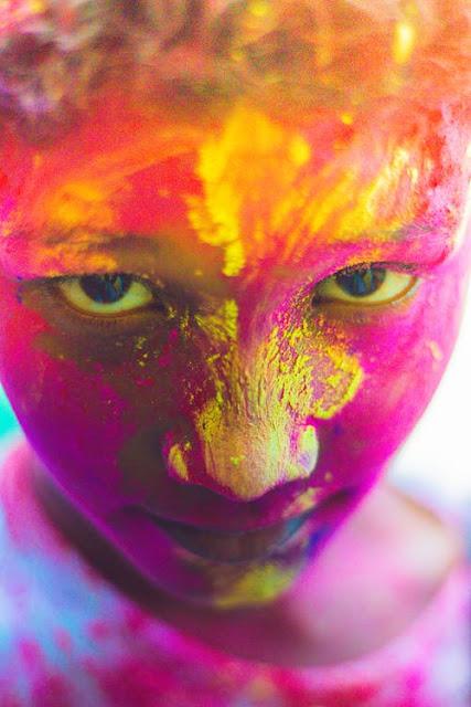 होली 2020: When is Holi, होलिका दहन मुहूर्त, जानें रंगों के त्योहार पर बालों और त्वचा की देखभाल के नुस्खे!