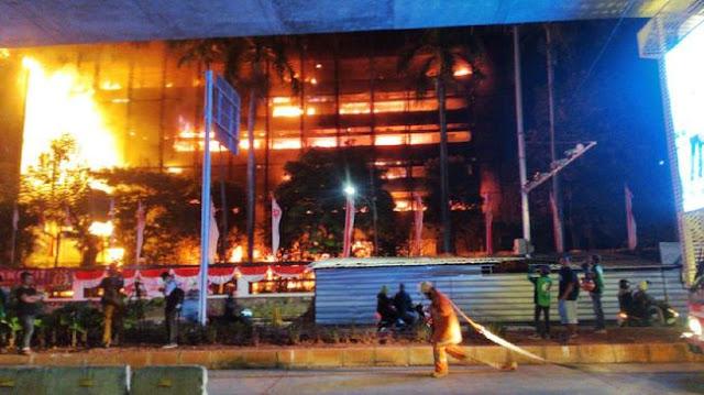 Kebakaran di Kejaksaan Agung Dicurigai untuk Hilangkan Bukti Kasus Djoko Tjandra