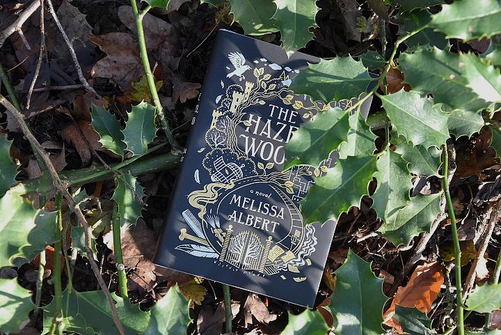 Buch-im-Wald-The-Hazel-Wood