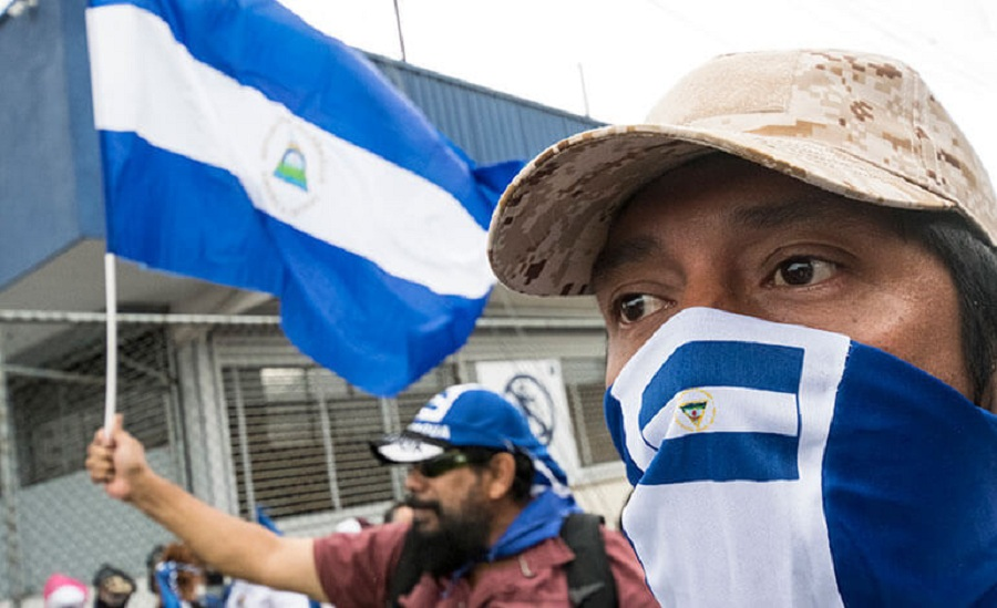 Manifestantes en Managua por la reforma electoral que se aprobó este mayo, según el compromiso asumido por Ortega con la OEA / LA TRIBUNA