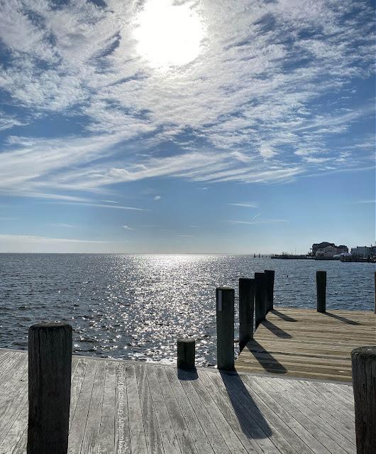 Ocean pier in the winter