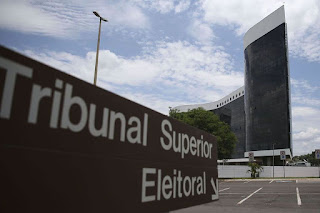 """TSE proíbe a realização de """"LIVEMÍCIO"""" nas eleições municipais"""