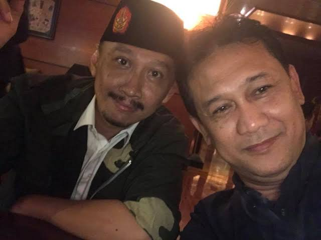 Polisi Gerak Cepat Tangkap Gus Nur, Bagaimana Kasus Denny Siregar & Abu Janda