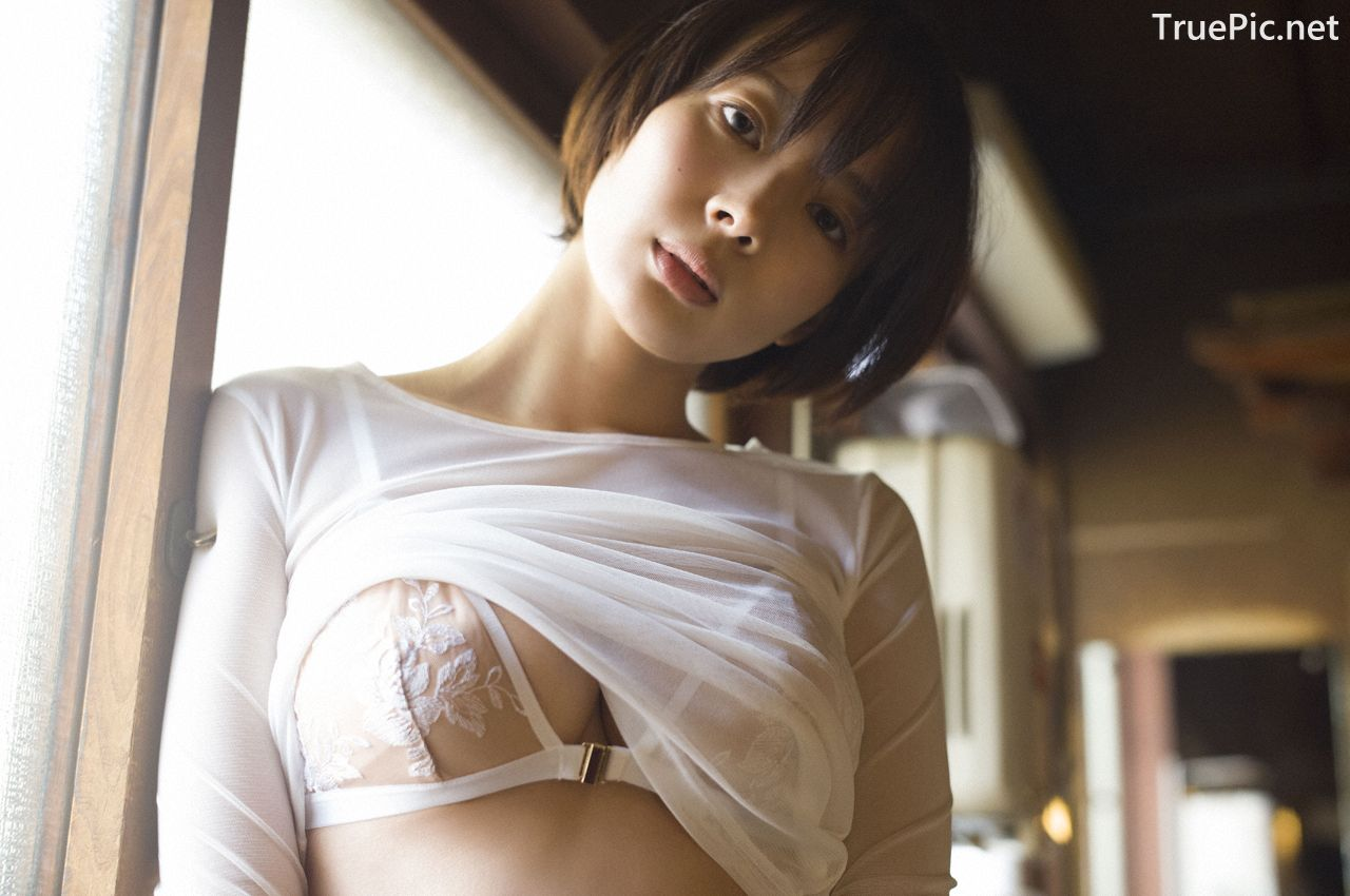 Image-Japanese-Model-Sayaka-Okada-What-To-Do-When-Its-Too-Hot-TruePic.net- Picture-7