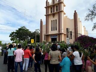 Procissão de Ramos reúne católicos na manhã deste domingo (25), em Cuité