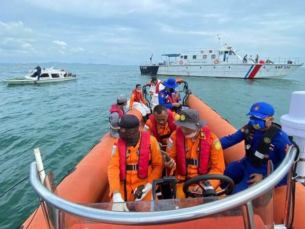 Kapal Pompong Dihantam Tali Tongkang, Satu Nelayan Dalam Pencarian