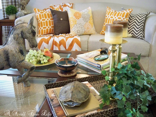 Mixing patterns in your decor